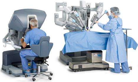 robot para próstata cirurgia da vinci hombre